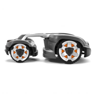 AUTOMATINĖ VEJAPJOVĖ HUSQVARNA AUTOMOWER® 435X AWD (priduodant seną vejapjovę - 300 eur) 2